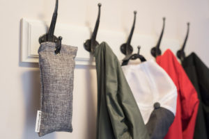 bamboo-charcoal-air-purifying-bag-closet